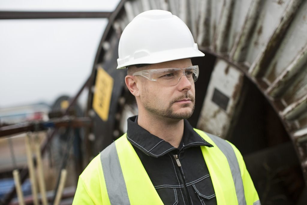 Top 10 Best Hard Hats and Safety Helmets for Construction Workers